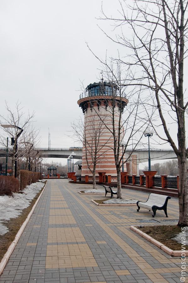 Щукино - это район на берегу Москвы-реки, который входит в Северо-Западный