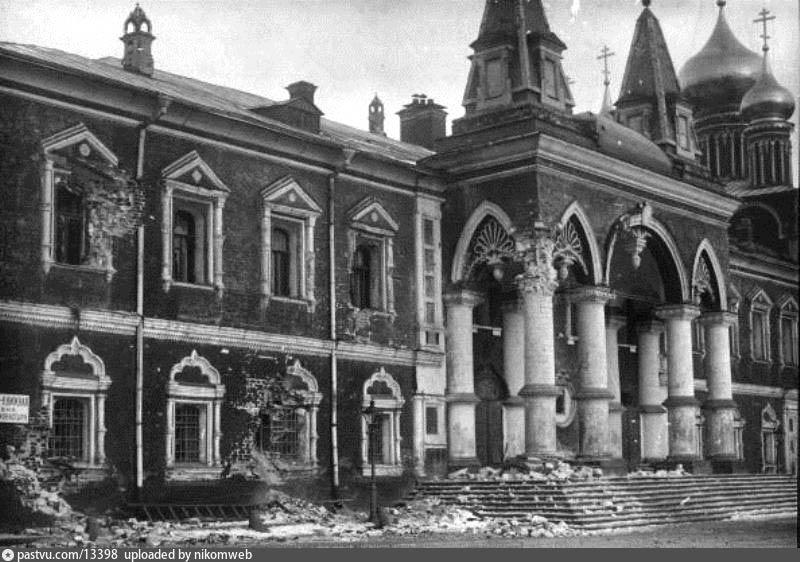 circa 1917:  Shrapnel damage to Choodov Monastery at the Kremlin