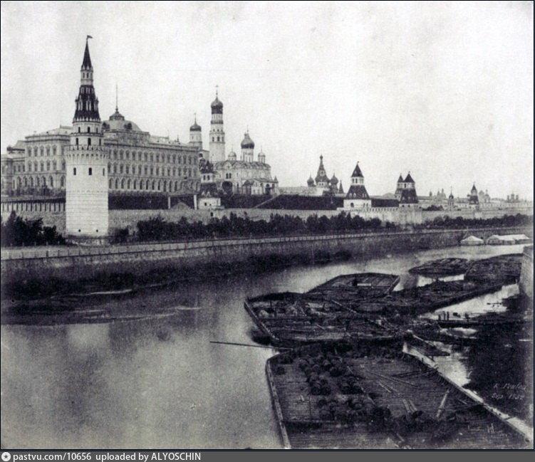 Самая старая фотография Кремля