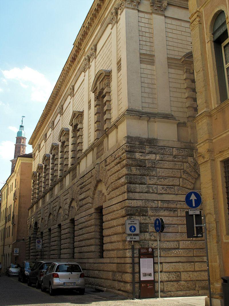Vicenza_51_(8187090475)